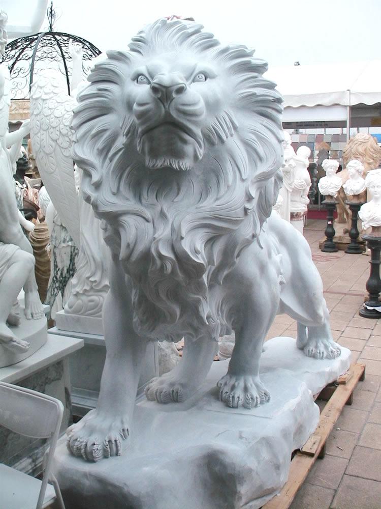 Градински скулптури