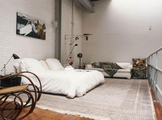 Мебелите на тавана