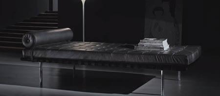 Лежанки и пейки за интериора