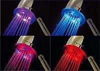 Светещ цветен душ- интериор за банята