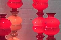 Светещи ретро лампи