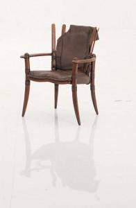 Кресло от кожа на щрауса