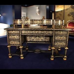 Мебели от колекцията на Майкъл Джексън