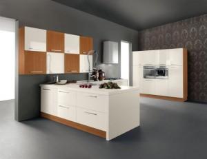Чиста и нежна, кухнята в бяло