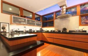 Интериор и кухненско обзавеждане