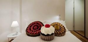 Дизайнерски мебели сладки от moschino